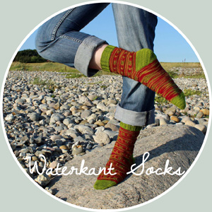 Waterkant Socks by Lea Viktoria Strickdesign Anleitung Strickanleitungen Stricken DIY